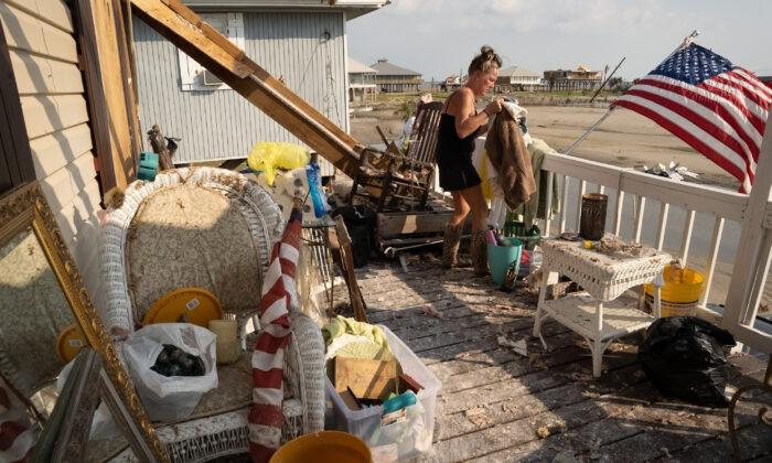 На юге США готовятся к новым наводнениям. Около 500 тыс. человек остаются без электричества