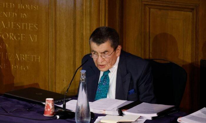Джеффри Найс произносит вступительную речь в первый день слушаний Уйгурского трибунала —группы британских юристов и экспертов по правам человек, расследующих предполагаемые злоупотребления в отношении уйгуров в Китае. Лондон, 4 июня 2021 г. Tolga Akmen/AFP via Getty Images   Epoch Times Россия