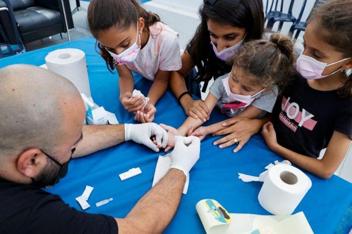 В Израиле наблюдается рекордно высокий уровень заболеваемости COVID-19
