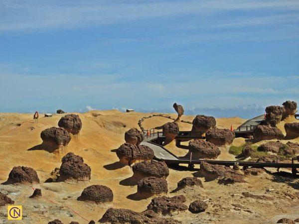 Знаменитая скала «Голова королевы» находится в первой части геопарка Елю. (Billy Shyu via Nspirement)