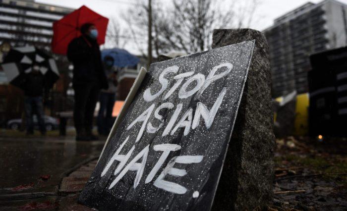 Пропекинские активисты винтернете подстрекают американцев азиатского происхождения кпротестам