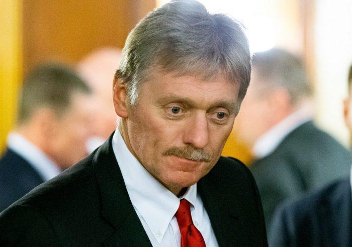 Dmitry Peskov e1589303607850 1200x844 1 e1631692415997 - Путин перешёл на режим самоизоляции после того, как в его окружении обнаружили COVID-19