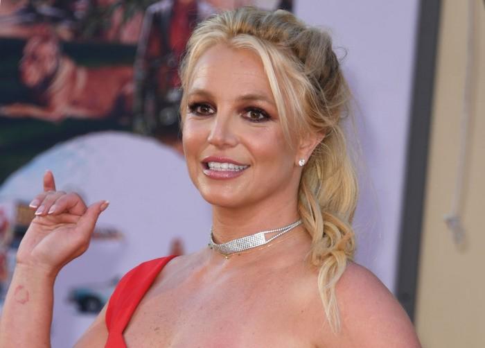 За отказ от опекунства над Бритни Спирс её отец потребовал 2 млн долларов