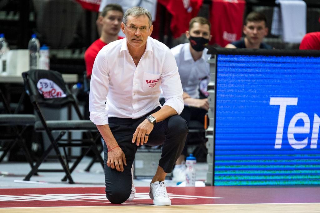 Главный тренер баскетбольной сборной России Базаревич покинул пост