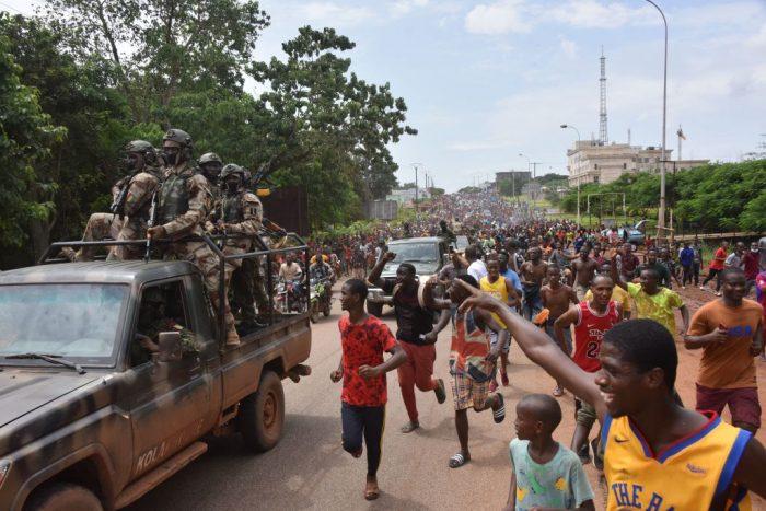GettyImages 1235077851 e1630916562830 - Лидер мятежников в Гвинее: Мы должны проснуться