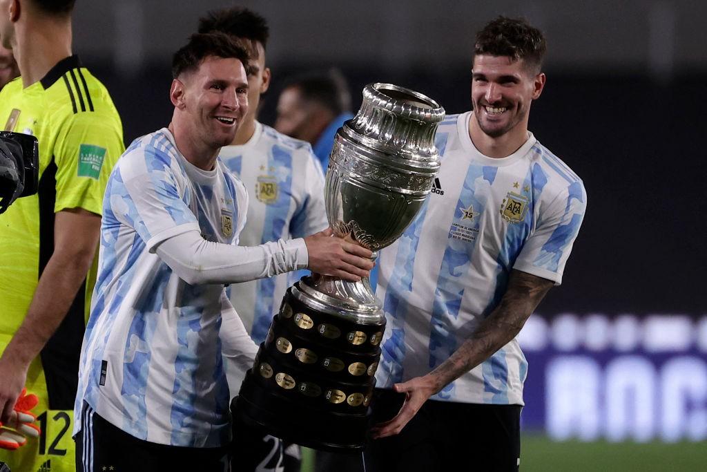 Хет-трик Лионеля Месси принёс Аргентине победу над Боливией — Месси превзошёл Пеле