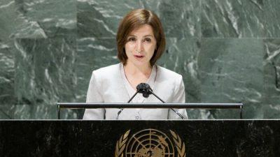 Первая женщина-президент Молдовы изменила позицию по отношению к Китаю