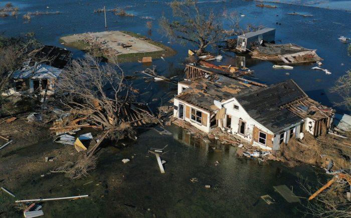 Жители Луизианы до конца месяца могут остаться без света после урагана «Ида»