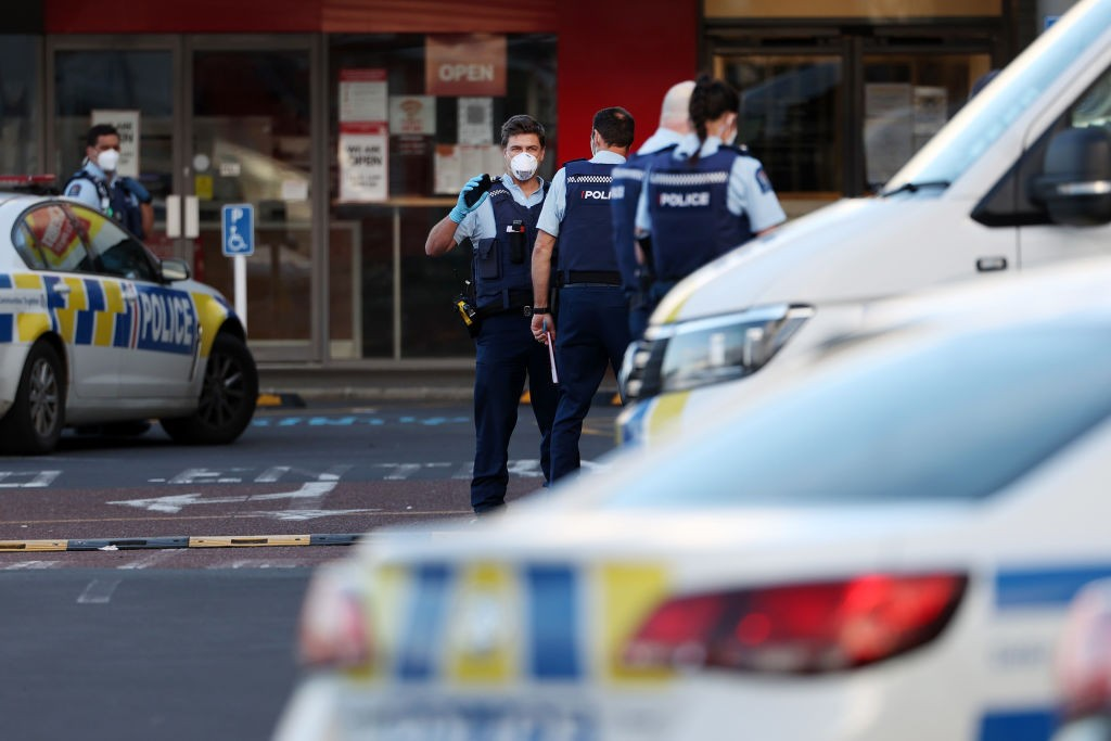Премьер Новой Зеландии назвала нападение в супермаркете терактом