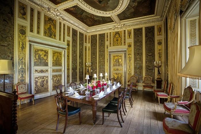 Музыкальная комната в замке Хайклер. (Highclere Castle)