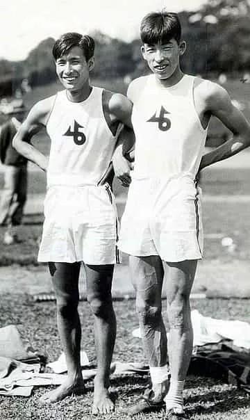 Суэо Кэ(слева) иШухей Нишида в1930 году (Изображение: через Public Domain)