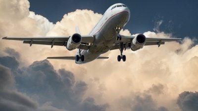 В Красноярске экстренно сел самолёт, летевший из Антальи во Владивосток