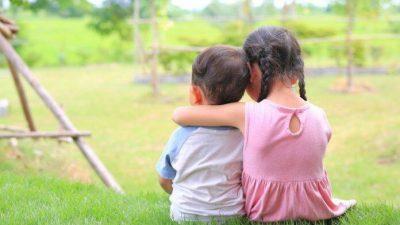 Прочные семейные узы брата и сестры