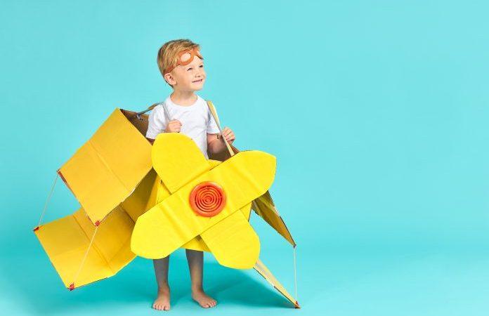 Проявив творческий подход и старание, вы можете переделать картонные коробки в забавные поделки. (Albertshakirov via Dreamstime) | Epoch Times Россия