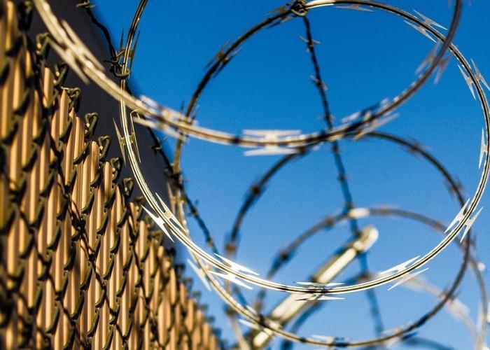 Шесть палестинских боевиков сбежали из самой охраняемой тюрьмы Израиля