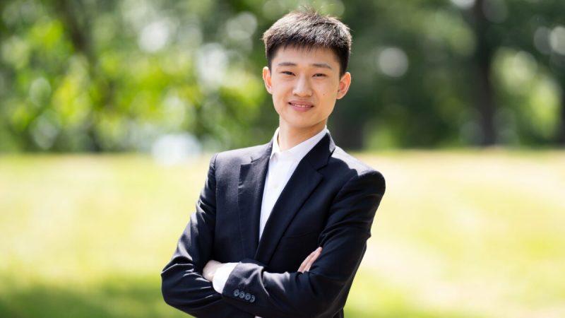 Через классический китайский танец Даниэль Чжан, выросший на Западе, пришёл к пониманию традиционной китайской культуры. (Larry Dai)  | Epoch Times Россия