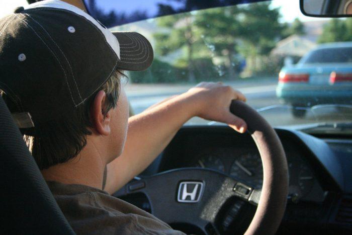 Установка оборудования в автомобилях грозит штрафами водителям РФ