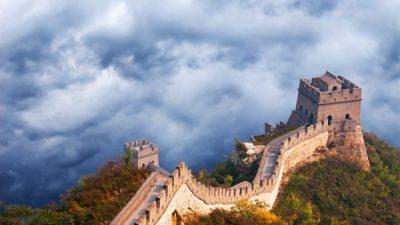 Известный китайский экономист рассказал о хаосе в стране