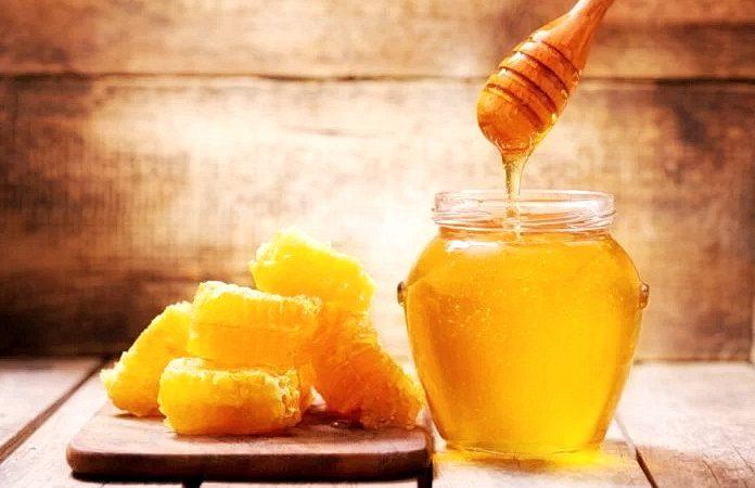 Мёд - не только чудесная пища, но и полезный продукт для здоровья. (Изображение: Марко Нитр через Dreamstime)  | Epoch Times Россия