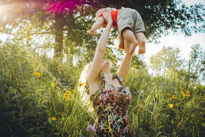 Первый год жизни ребёнка: что нужно знать?