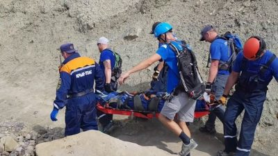 В Карачаево-Черкессии под сход ледника попали шестеро туристов
