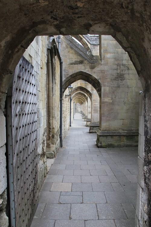 Под этими каменными сводами в Уинчестерском замке гулял поэт Джон Китс.(Wibke Carter)