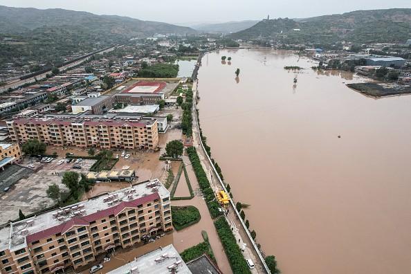 Техногенная катастрофа: жертвы наводнения сами заботятся о себе