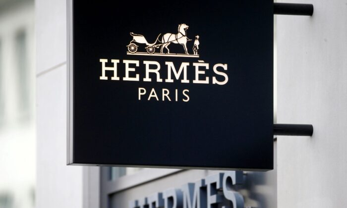 Производитель роскошных сумок Birkin Hermes отрицает спад в Китае