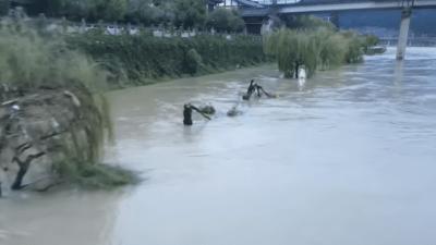 От наводнения в Китае погибло более 30 человек