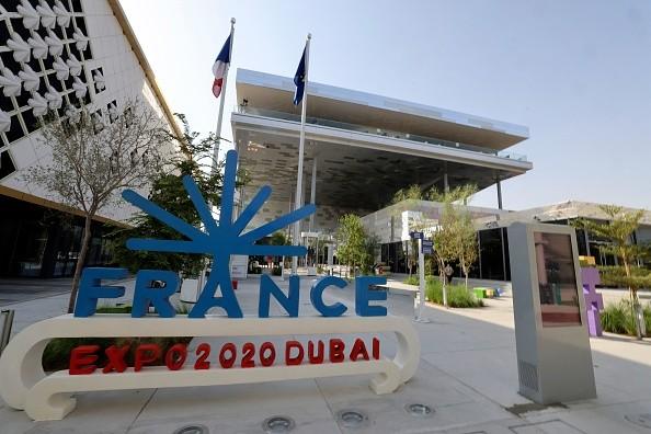 Вход вофранцузский павильон наExpo 2020г. вДубае 1октября 2021г.Photo deKarim SAHIB/AFP via Getty Images