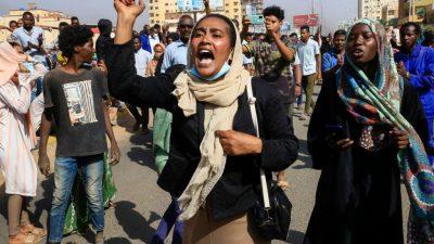 7 человек погибли во время протестов в Судане после попытки переворота