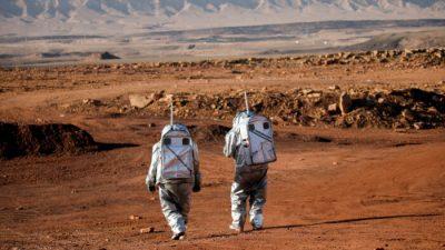 Учёные моделируют жизнь на Марсе в скалистом израильском кратере