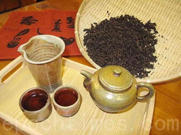 Выдержанный чай. (Изображение: Zhuang Yizhen via The Epoch Times)