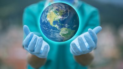 ВОЗ объявила о снижении заболеваемости COVID-19 в мире