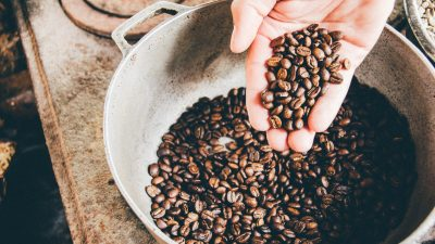 В повышении мировых цен на кофе обвиняют фермеров Колумбии