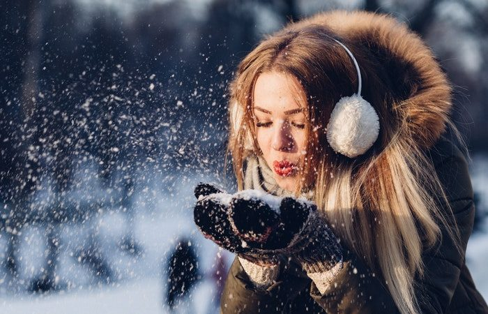Как сохранить здоровье кожи и волос зимой