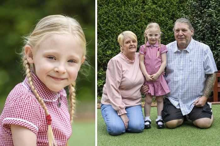 (Слева) Четырёхлетняя Дарси Клегг. (Справа) Джилл, Дарси и её отец Марк (Фото: SWNS)
