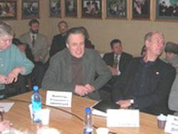 2006 01 20 stol 11 - Круглый стол в Институте  Региональной  Прессы г. Санкт-Петрбурга «Преступления коммунистических тоталитарных режимов.»