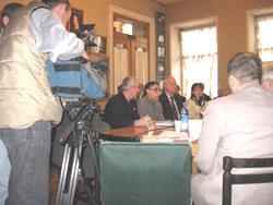 2006 01 20 stol 111 - Круглый стол в Институте  Региональной  Прессы г. Санкт-Петрбурга «Преступления коммунистических тоталитарных режимов.»