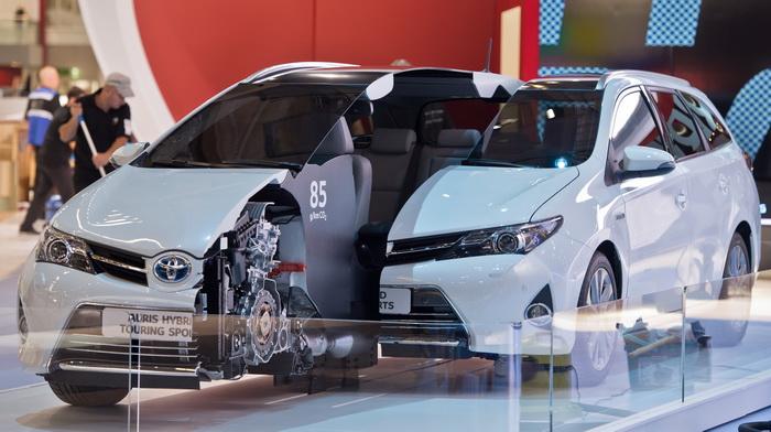 Совместная спортивная модель BMW и Toyota будет гибридом