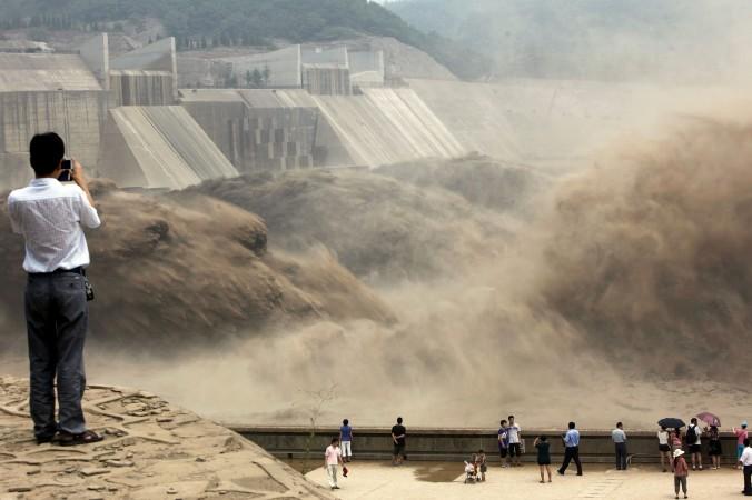 Проблему загрязнения воды в Китае деньгами не решить
