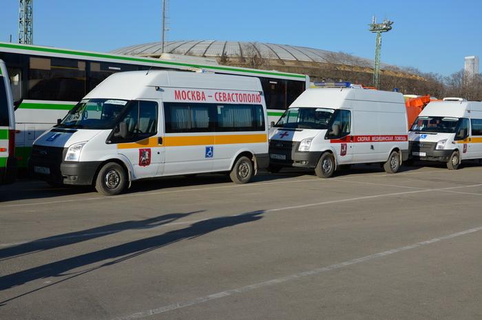 Колонна с гуманитарной помощью Правительства Москвы вышла в Севастополь