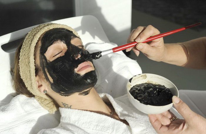 Чем полезны лечебно-грязевые маски?