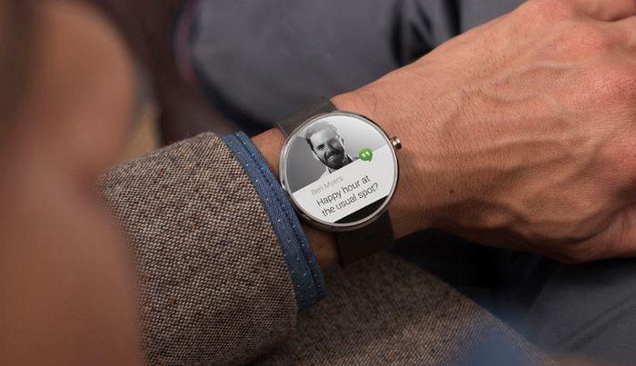 Анонсированы первые ласточки нательной электроники на Android Wear