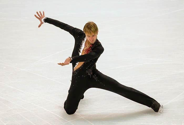 Плющенко вернётся в Россию после 15 марта