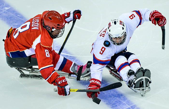 Российские хоккеисты вышли в финал Паралимпиады