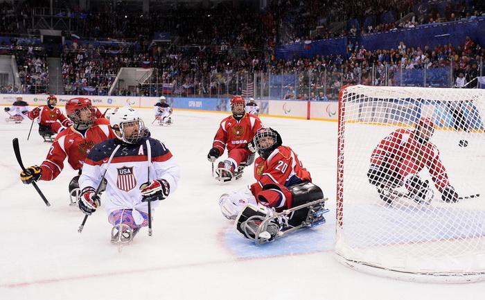 Сборная России по следж-хоккею в дебюте на Паралимпиаде стала второй