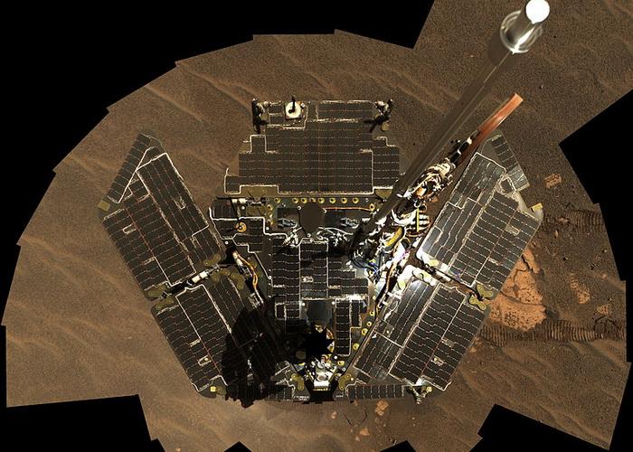 Автопортрет марсохода «Оппортьюнити». Фото: НАСА