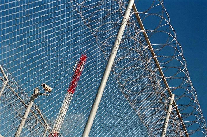 На испанскую территорию в Марокко прорвались 200 мигрантов