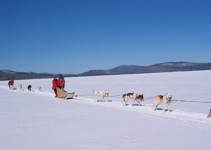 Бурятия: снегоход Николя Ванье провалился под лёд